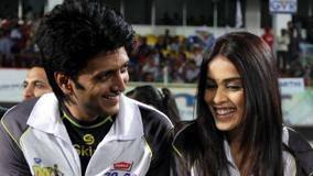 Ritesh Deshmukh And His Wife Genelia D&#8217;Souza At CCLT20